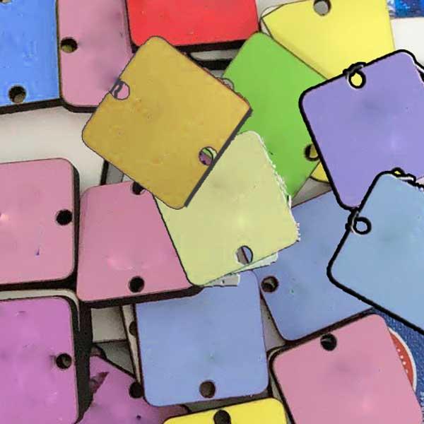 תליונים צבעוניים לתאריכון - כתיבה והרכבה עצמית