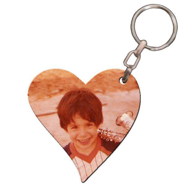 מחזיק מפתחות מעץ מבריק בצורת לב עם תמונה