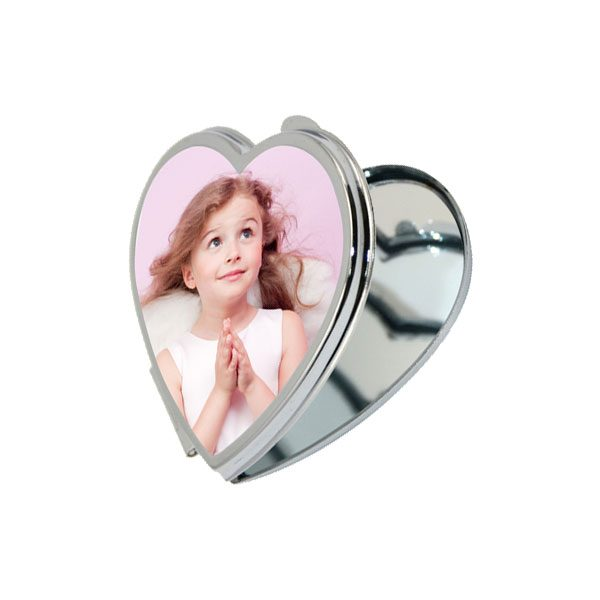 מראה קטנה ממתכת, לב - מתנה קטנה ליום המשפחה / יום האישה: