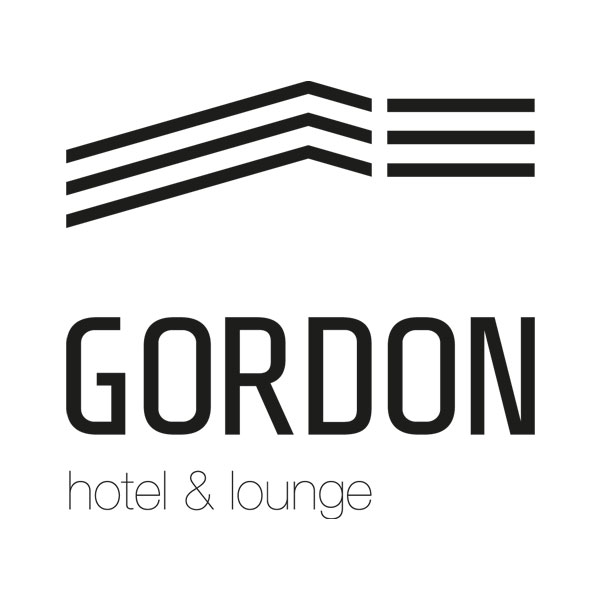 5 Customers---Gordon-Hotel